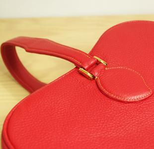 リンゴのレザーバッグ:革鞄
